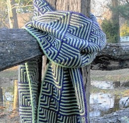 knitted scarf in Miter Mix Muffler pattern